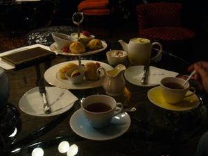 Cream_tea_au_sketch_1
